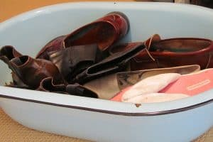 Aqua enamelware washtub