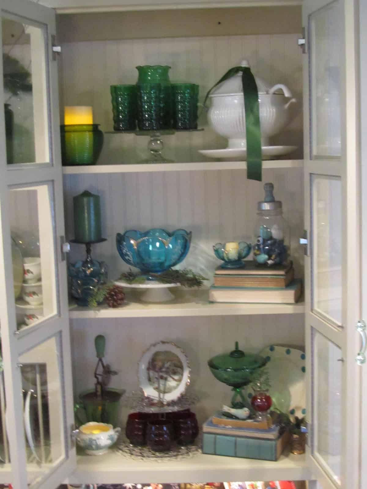 Christmas Kitchen Cupboard Display