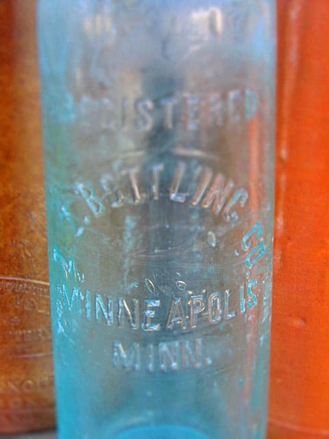 antiquebottle3