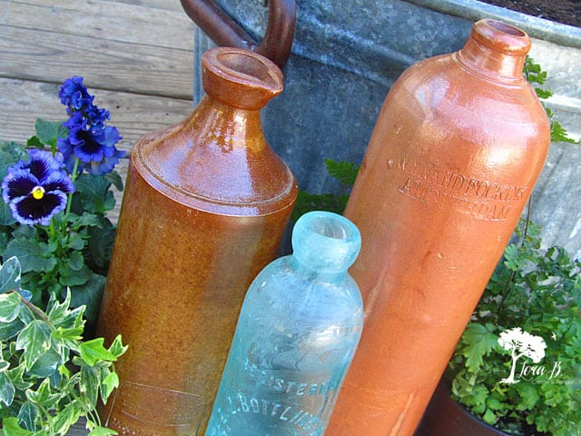 antiquebottles2