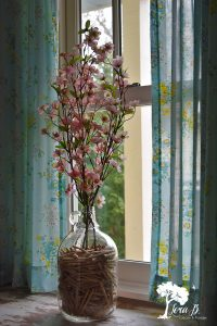 Decorate your home with Spring branches