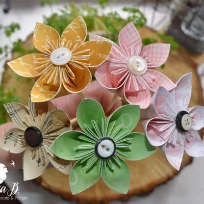 How to Make Easy Origami Flowers (plus decorating ideas)