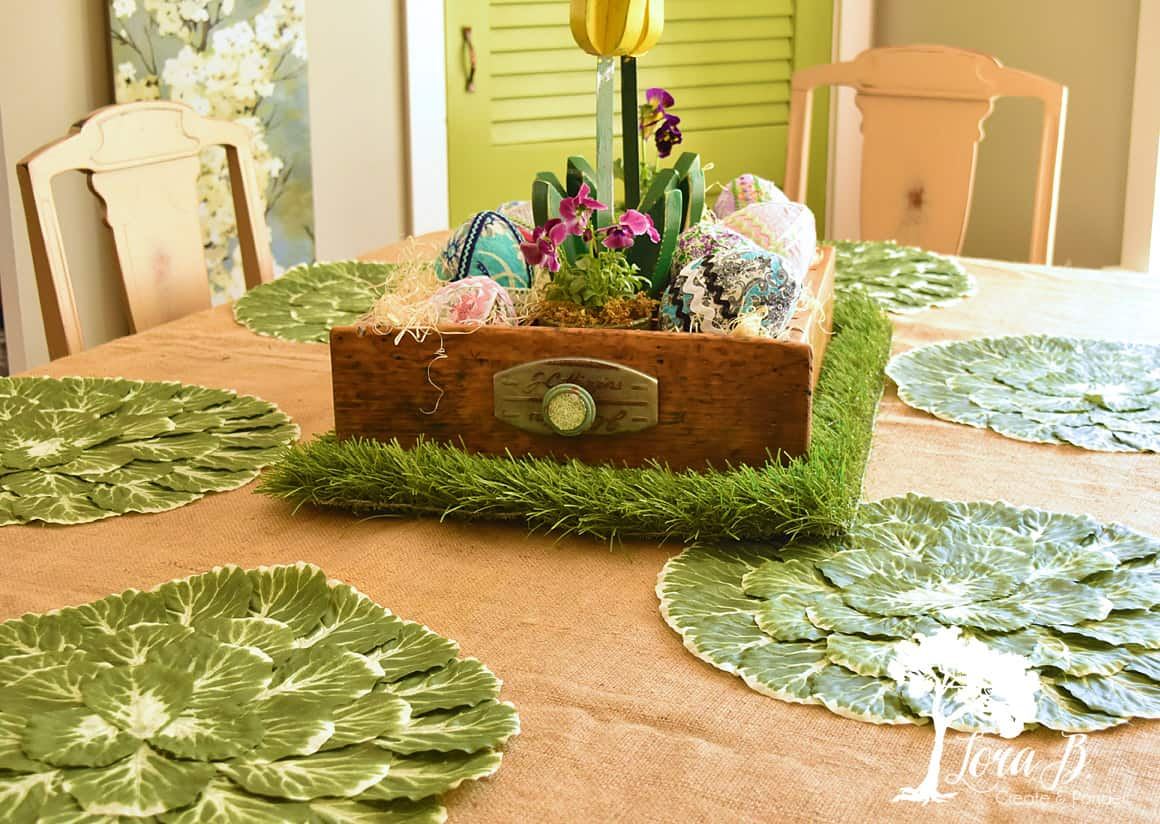 Leaf placemats on a spring table