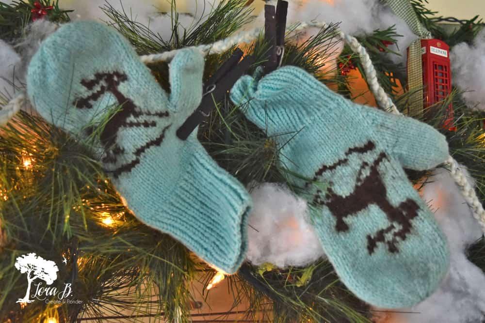 Vintage wool mittens