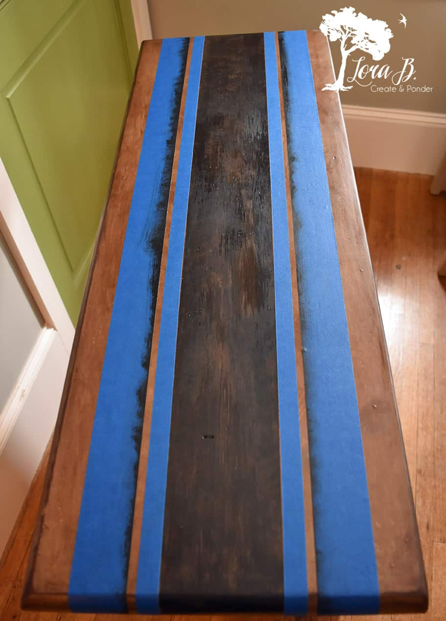 Add grainsack stripes to an old table.
