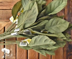 Leafy Placemats are easy to make and so on trend.