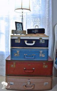 Vintage Modern Bedroom Makeover Reveal