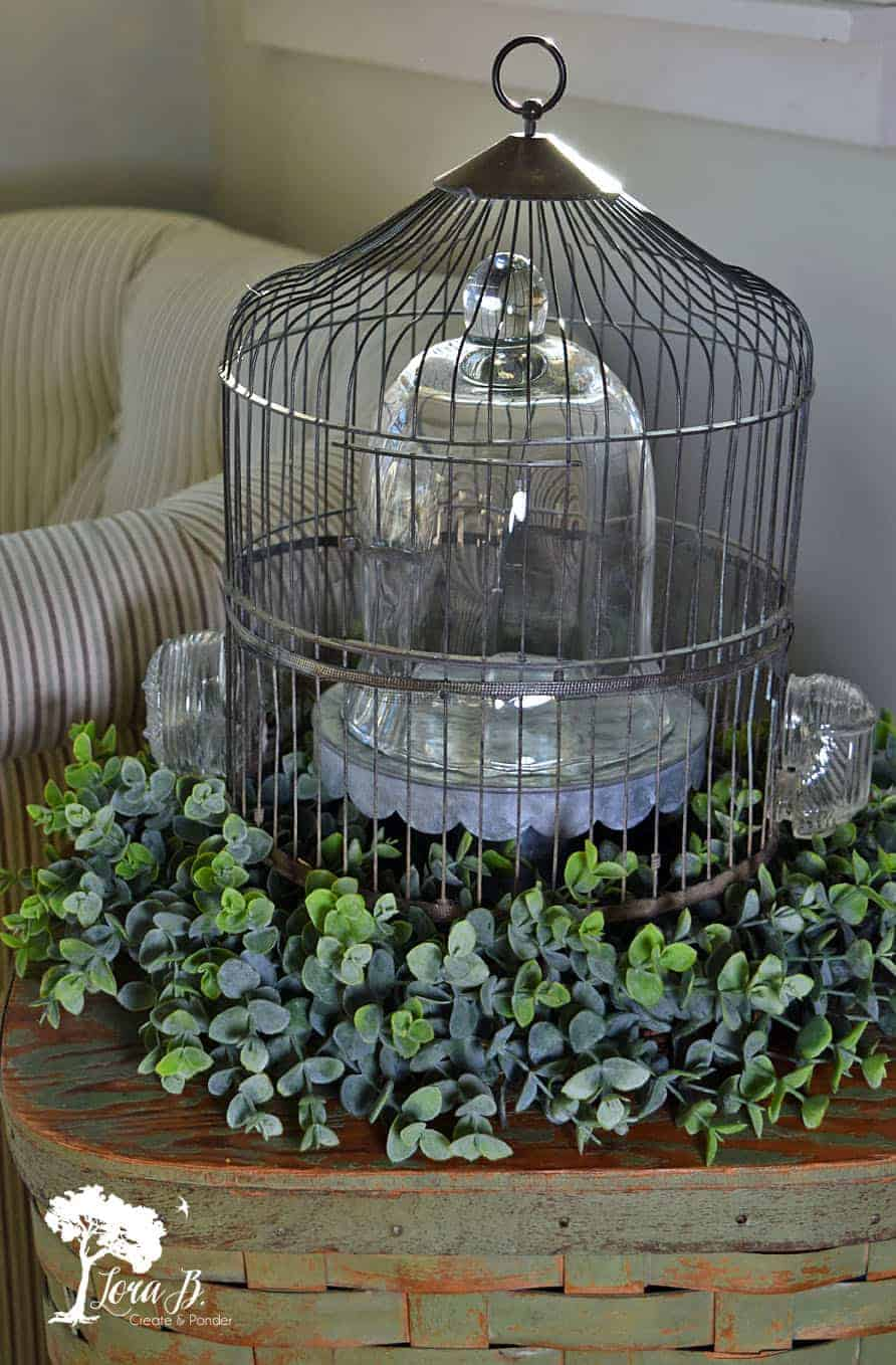 12 Ways to Decorate a Vintage Birdcage