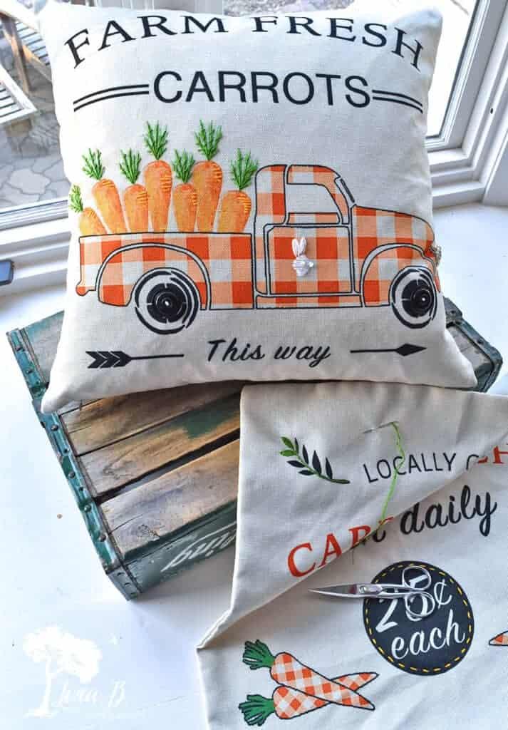 decorative carrot pillows diy