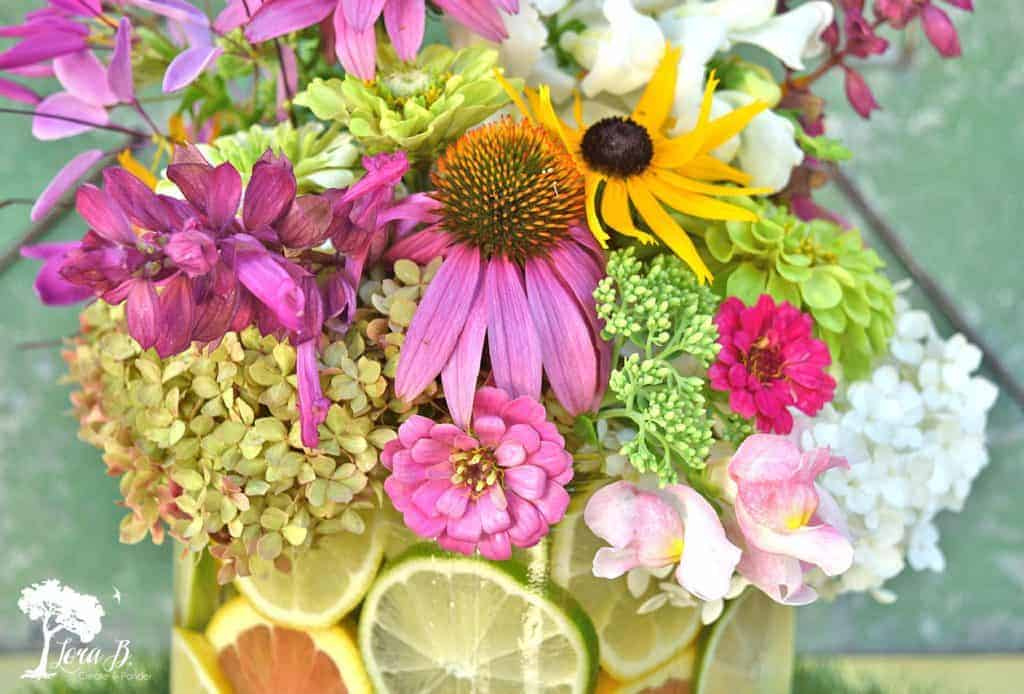 garden flowers bouquet