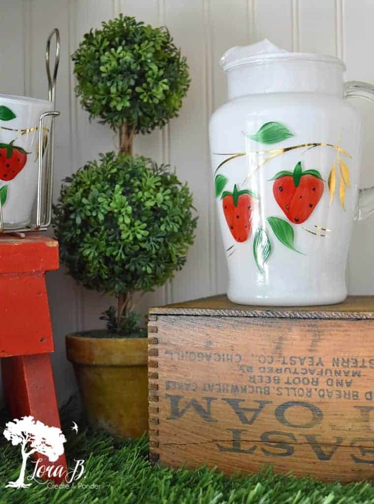 vintage strawberry juice set