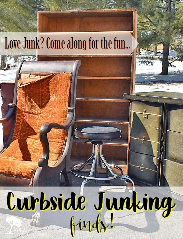 Curbside Junking is a great way to find free vintage treasures! Join the fun and see what I found on a good junking day! #junking #curbsidejunking #vintage #vintagefurniture #repurposed #refreshed #trashtotreasure #DIY #vintagestyle