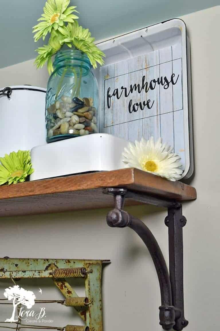 Vintage Farmhouse-Styled Summer Shelf