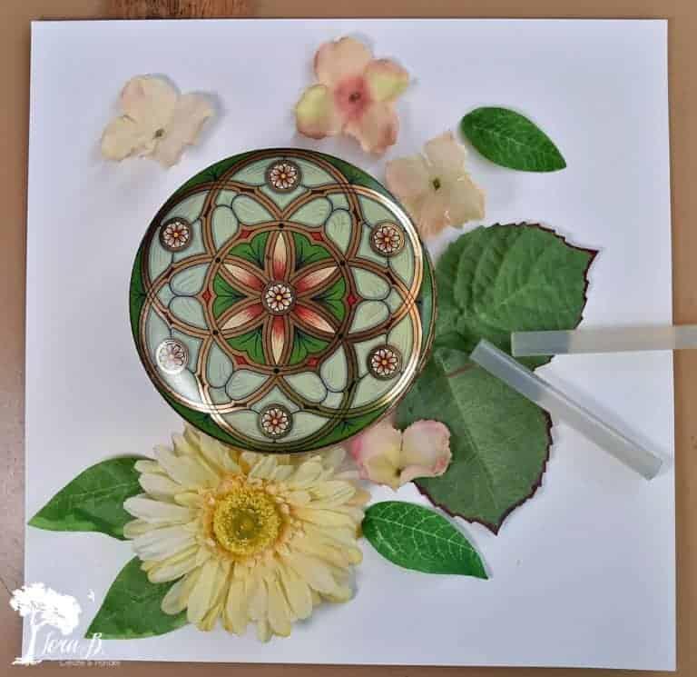 Easy Faux Flower Mosaic Art