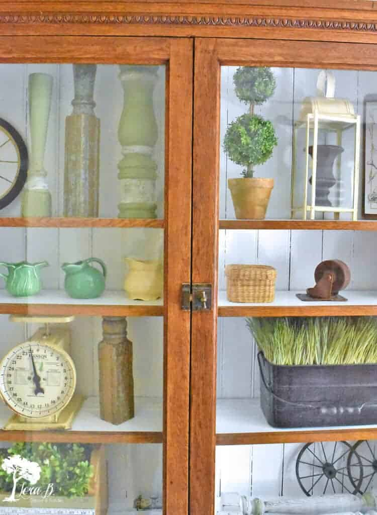Glass Front Cabinet Display Ideas feature repeating shapes.