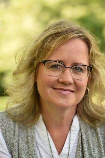 Lora Bloomquist