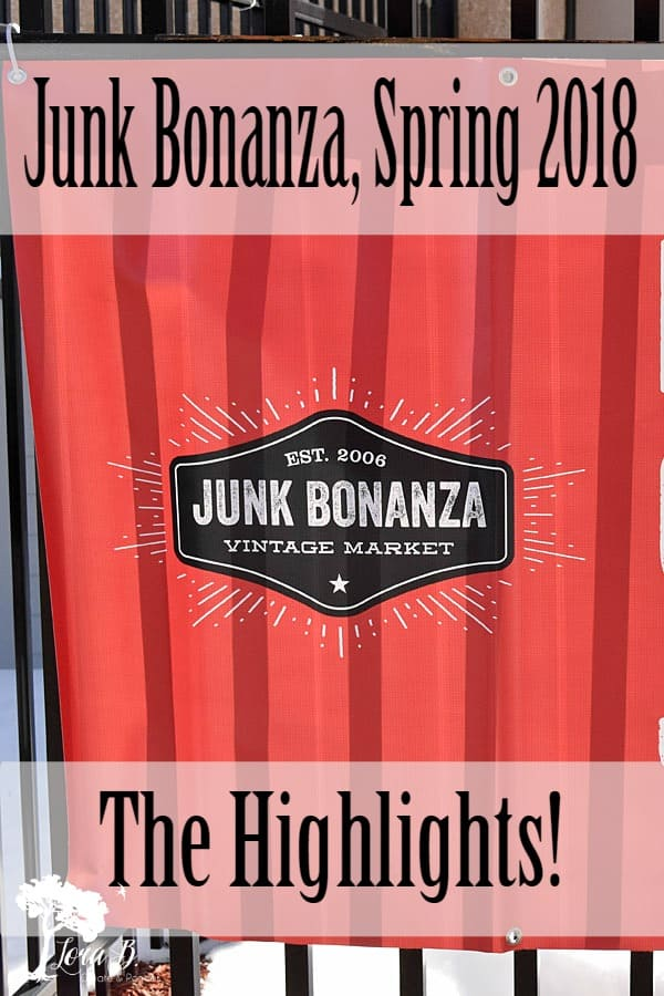 Junk Bonanza is the main event for vintage junk lovers! It is held twice a year and captures the best dealers and displays around. Here are some highlights from Spring 2018.