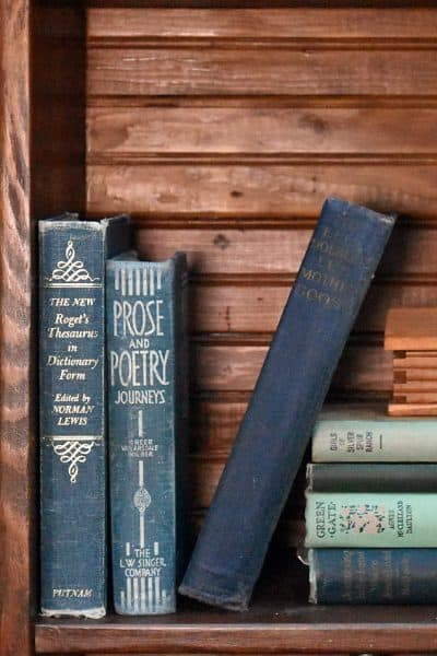 How to Decorate to Thrift the Look, Vintage Lakehouse