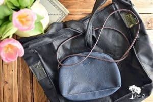 Purses for estate saling