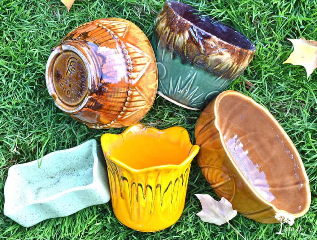 Fall colored pottery were some of my recent vintage finds.