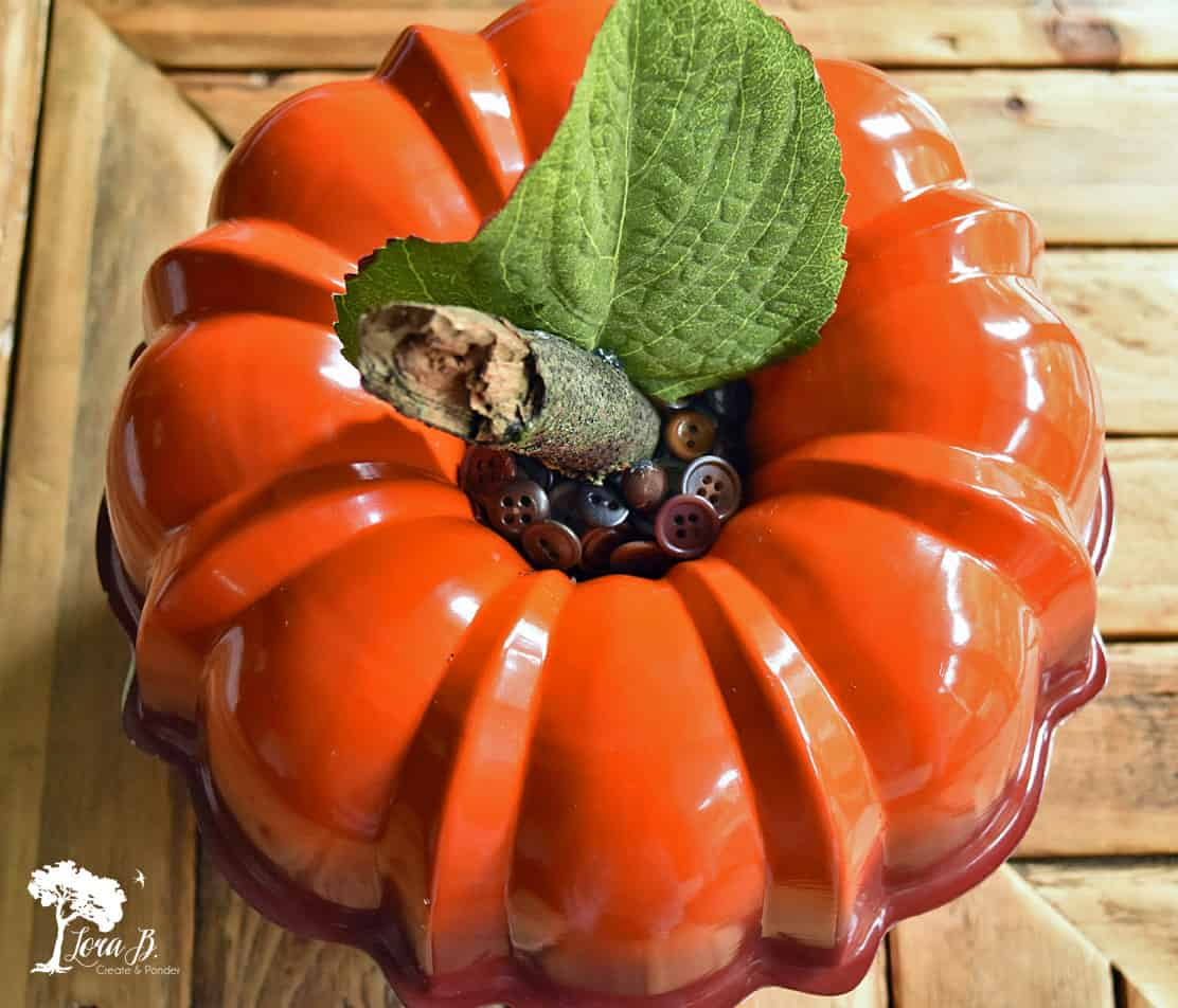 Repurposed Bundt Pan Apple or Pumpkin