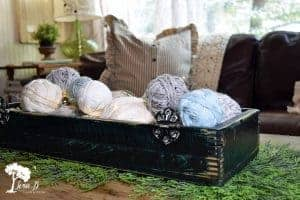 Easy Yarn Ball Centerpiece How To