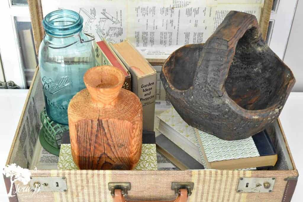 carved wood accessories